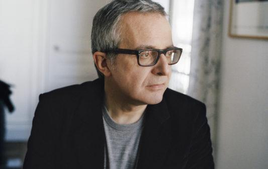 Charles Dantzig, écrivain, photographié à Paris le 4 octobre 2018 par Mathieu Zazzo